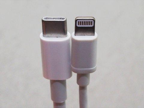 アップルはUSB Type-Cより「Lightning推し」なのか