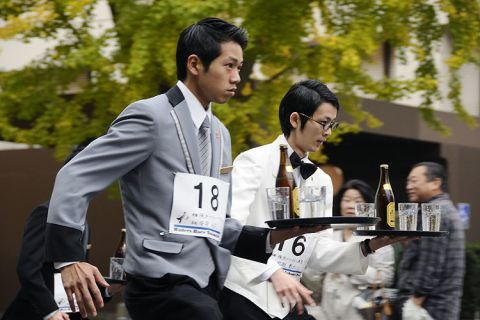 20151123waitersrace
