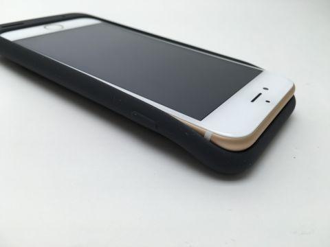 Apple純正iPhone 6用バッテリーカバーは本当にダサい? iPhone以外でも使える?:週間リスキー