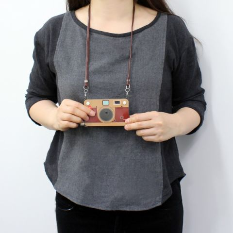 上海問屋、紙みたいなデジタルカメラ