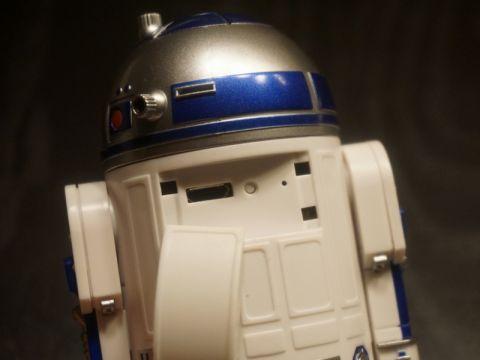 R2-D2のバーチャルキーボードを使ってみた! かっこいいだけでなく、キーボードとしても文句なし