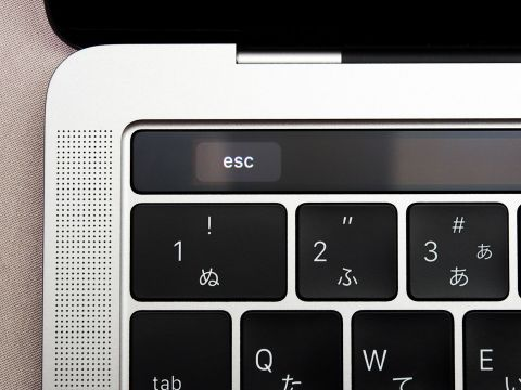 新MacBook ProのTouch Bar