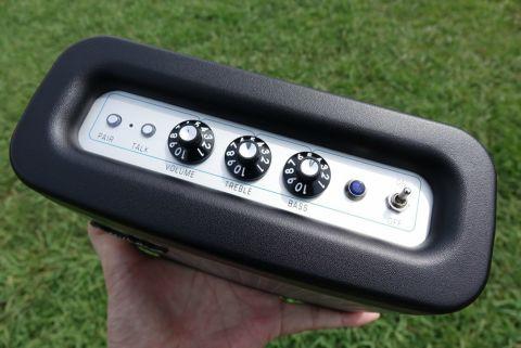 フェンダーの小型Bluetoothスピーカーはいまの市場にない斬新な出来