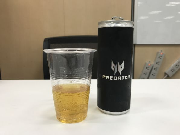 ASCII.jp:NY巨大飲料 ウマいが...