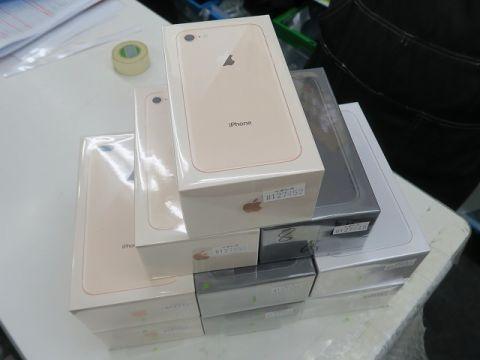 「iPhone 8香港版」