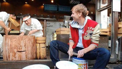 LG餅つき神業ドラム