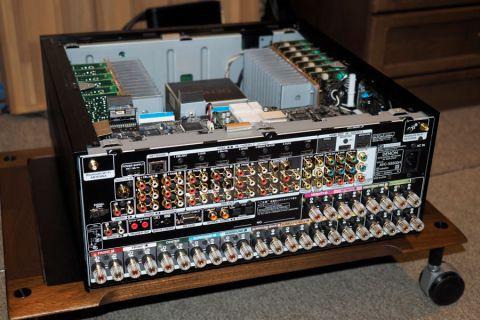 AVC-8500