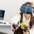 VR初心者の女性でも超簡単!VIVE Cosmosのセットアップに有野いくさんが挑戦