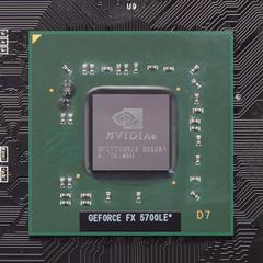 「GeForce FX5700LE」
