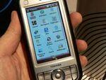"""マイクロソフトが""""Windows Mobile 6""""発表――東芝のスマートフォンがソフトバンクから発売"""