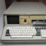 業界に多大な影響を与えた現存メーカー パソコンの元祖IBM 5100が誕生