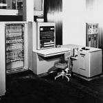 業界に多大な影響を与えた現存メーカー コンピュータービジネスに参入したIBM