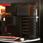 Thermaltakeが10周年モデル「Level 10 Extream Gaming Station」を発表