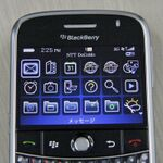 仮想敵はUMPC!? BlackBerry Bold