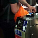 ロンドン地下鉄がNFCでの乗車券サービスを始められない理由