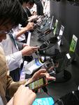 Galaxy S発売! キャリアが「スマホ・シフト」する狙いとは?