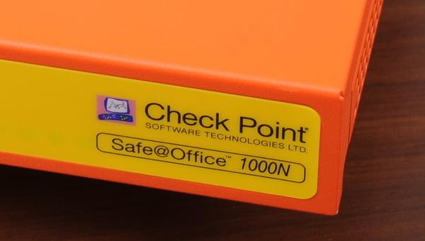 スモールビジネス向けUTMの真打ち 「Safe@Office」の実力を探る