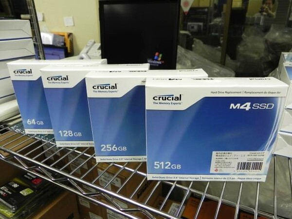 「Crucial m4 SSD」