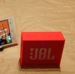 出張のお供にイチオシ! カラフルなコンパクトスピーカー「JBL GO」を衝動買い!