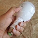 停電時に自動点灯! 緊急時は懐中電灯にもなるLED照明を衝動買い!