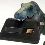 """""""カード型""""USB充電ケーブル「CHARGE CARD」を衝動買い!"""