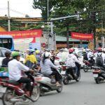 バイクが柱のベトナムモバイル事情