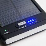 iPadとノートが同時充電できる12000mAhモバイルバッテリー