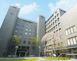 妥協のない仮想化環境を「VNXe」で構築した池坊短期大学