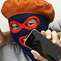 iPhone 5sをリアル紛失! そのとき覆面が取った行動は……