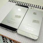 発表されたばかりの「iPhone 5」(のモック)がアキバに入荷
