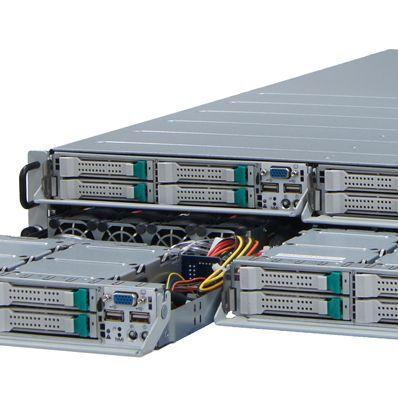 最新データセンターに最適!魅惑の4コイチサーバー