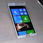 「Windows Phone 8」が日本で発売されない理由