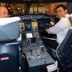 タイ国際航空のA380に搭乗、総2階建て旅客機は巨大だった!