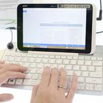 AcerブースにWindows 8搭載の8インチタブレットがお目見え!