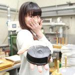 """日本で唯一レコードを作れる工場、東洋化成で""""いい音""""を探す"""