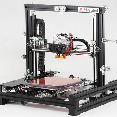 国内100%組み立てによる信頼の3Dプリンタ「ニンジャボット」発売