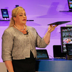 インテル、基調講演でモバイルプロセッサー「Core M」を発表