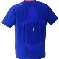 デサント、新開発換気機構採用のトレーニングシャツを発表