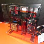 Thermaltakeが壁掛け用PCケースをCOMPUTEXで展示