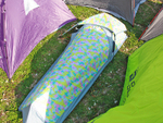 おひとりさま必見!1mの隙間に設営できる野外フェス用ぼっちテント