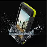 iPhoneを鉄壁ガード!IP68準拠の防水・防塵・耐衝撃ケース
