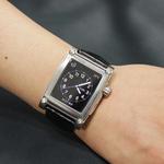 Apple Watchをプレミアムな腕時計にドレスアップさせるケース