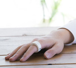 スマホや家電をコントロール!指輪型ウェアラブルデバイス