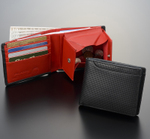 21個のポケット装備!クールなパンチングレザー二つ折り財布