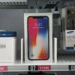 マドリード空港の自動販売機でiPhone Xが販売中