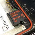 小指大で200GB! 12月出荷のサンディスク製microSDXCを使った