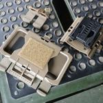 特殊部隊御用達のiPhoneケースを防弾ベストに取り付けてみました