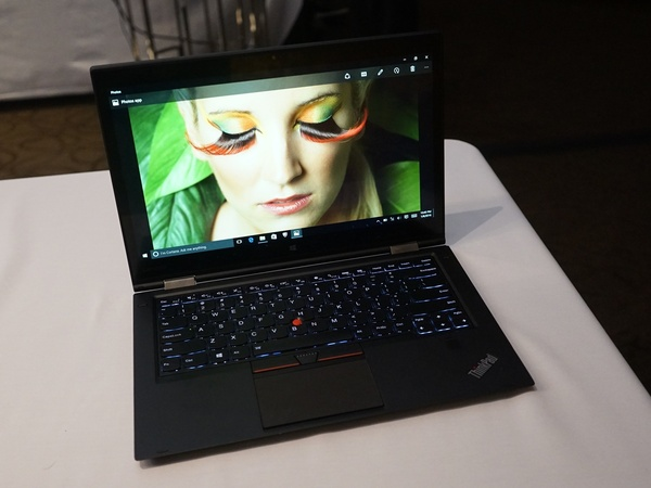 「ThinkPad X1 Yoga」