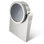 未来的デザインのBluetoothリモコン「Astell&Kern AK RM01」