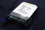 HGSTが容量10TBを実現したヘリウム充填HDDの実機を披露